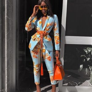 Pants - 2 piece floral pant suit